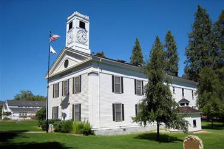 Photograph of Mariposa County Courthouse