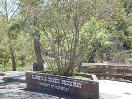 Mariposa Creek Parkway sign